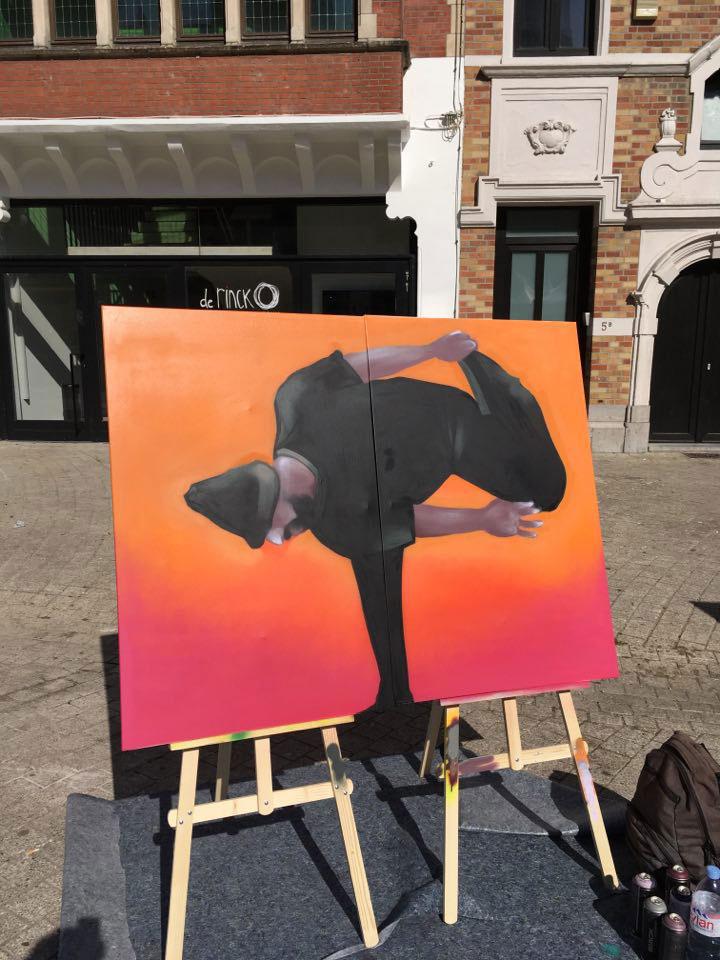 https://www.propaganza.be/wp-content/uploads/2020/02/live-painting-_-artiste-DAKE-_-fête-de-la-danse-à-Anderlecht-copie.jpg